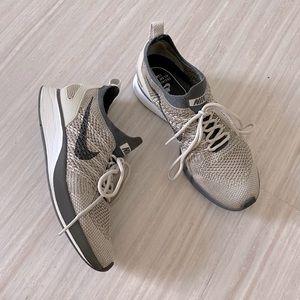 Nike Flyknit Mariah Racer